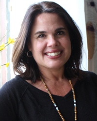 Tammi Van Hollander, LCSW, RPT-S